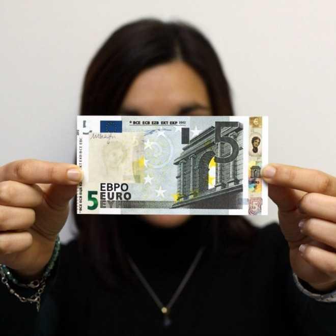 Nuova banconota da 5 euro