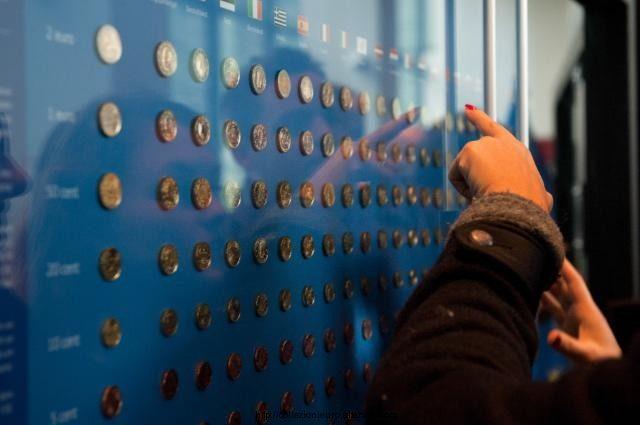 Bruxelles: inaugurata la mostra permanente delle monete in euro 2013.