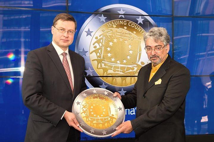 Europa-bozzetto-vincitore-30-anni-bandiera-europe-2015b